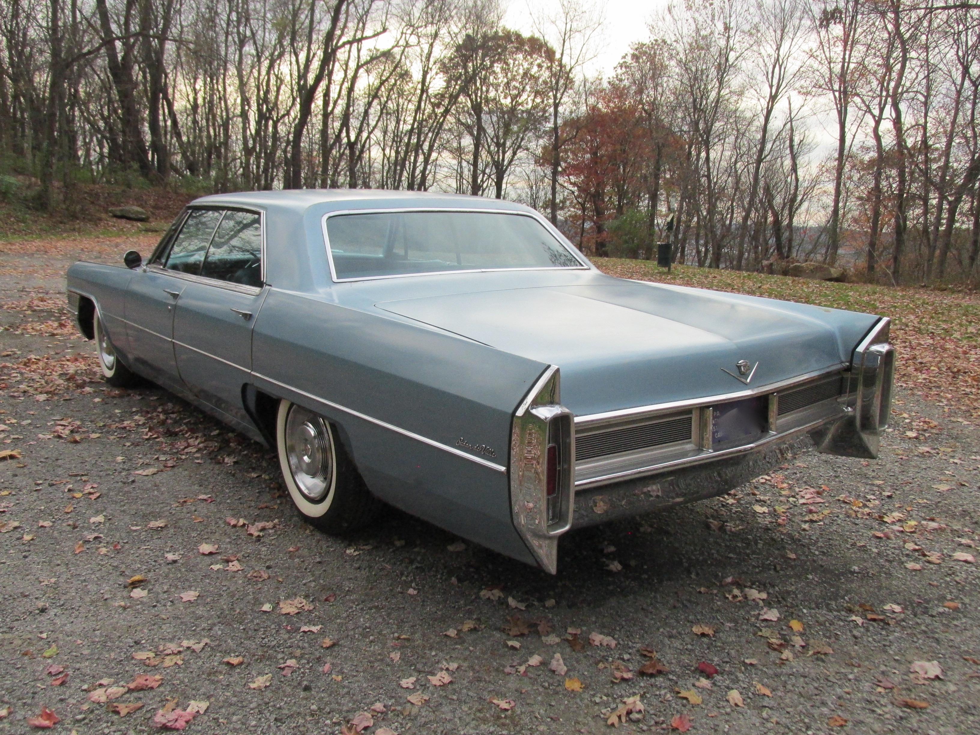 1965 Cadillac Sedan DeVille - Fort Pitt Classic Cars