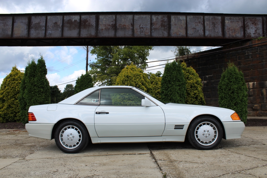 1991 Mercedes Benz SL500 - Fort Pitt Classic Cars